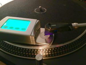 Schallplatten digitalisieren Plattenwaschmaschine Nadel Tonarmwaage